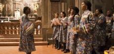"""Concerto di Natale: la cultura religiosa africana attraverso il canto. Domenica 21 dicembre 2014 alle ore 15 si terrà presso l'Auditorium Scuola MediaStatale Aldo Moro (Viale Santuario, 13 – 21047 Saronno) il concerto della corale""""Sahuti..."""