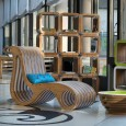 """""""Sogni di cartone – la sostenibile leggerezza del design"""" è il titolo della prima mostra personale dedicata all'architetto e designer Giorgio Caporaso, che espone in questa occasione gli oggetti e gli arredi della sua Ecodesign […]"""