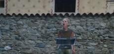 """Domenica 21 agosto 2016 Lucilla Giagnoni ha portatonel suggestivo scenario di Villa Menotti a Cadegliano – la """"casa"""" in tutti i sensi di Teatro Blu e della sua co-fondatrice Silvia Priori, dove è progettata anche […]"""