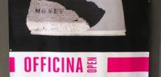 Dopo l'inaugurazione all'interno del festival Duemilalibri, termina il 17 novembre 2017, presso la Galleria di Arti Visive dell'Università del Melo, la mostra di Ruggero Maggi Non solo libri che inaugura il nuovo progetto Officina Open, […]