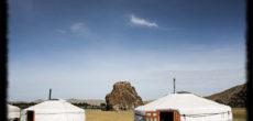 """Mercoledì 23 maggio, l'angolo avventura Varese propone una video proiezione su Mongolia, di Angelo Buttè. Così la presenta l'autore: """"MONGOLIA, Un viaggio nel """"nulla"""" estremamente affascinante. La desolazione del deserto del Gobi, la dura vita […]"""