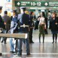 Nel corso dell'ultimo fine settimana (5-6 ottobre) l'attività incessante della Polizia di Frontiera dell'aeroporto di Malpensa ha consentito di individuare e di deferire all'Autorità Giudiziaria ben 12 persone straniere in possesso di documenti di viaggio […]