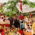 """Alla Rasa è già tempo di Natale. Sabato 16 e domenica 17 novembre, infatti, torneranno i tradizionali mercatini, arrivati alla loro diciannovesima edizione e presentati ieri mattina a Palazzo Estense. """"Luci di Natale alla Rasa"""", […]"""